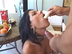 Fake lady w big boobs does blowjob