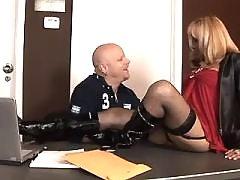 Guy sucks cock of secretary shemale